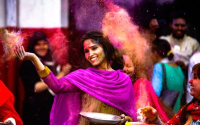 How to Protect Your Skin and Hair from Holi Colours in 2019